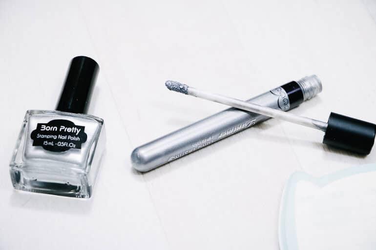 maquillage argenté née jolie