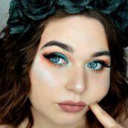 Anaïs (Cuticorn makeup)
