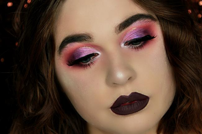 maquillage rose et violet